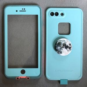 iphone 8 plus lifeproof case with free popsocket!